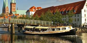 Hafen- und Kanalrundfahrt